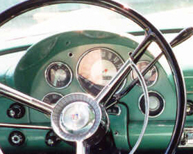 56 Customline US Dashboard